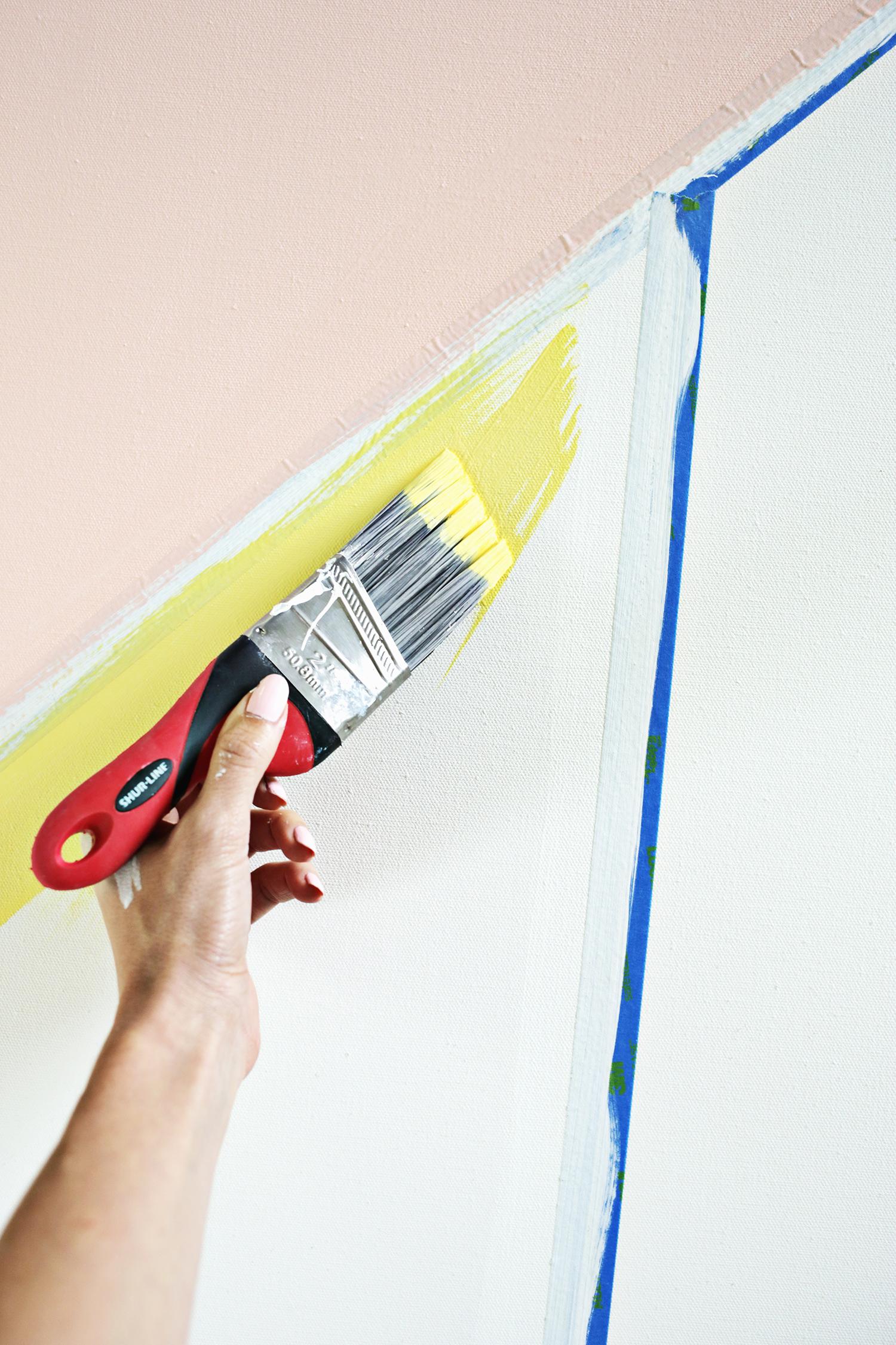 Easy abstract modern art DIY (click through for tutorial)