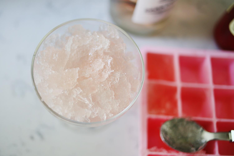 Rosé Slushee Recipe... Frosé