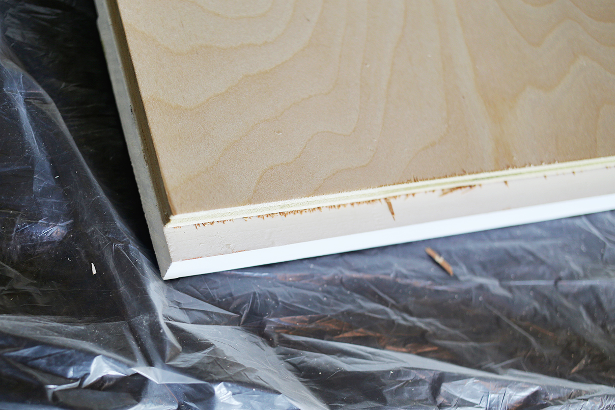 Modern Barn Door DIY (click through for tutorial)