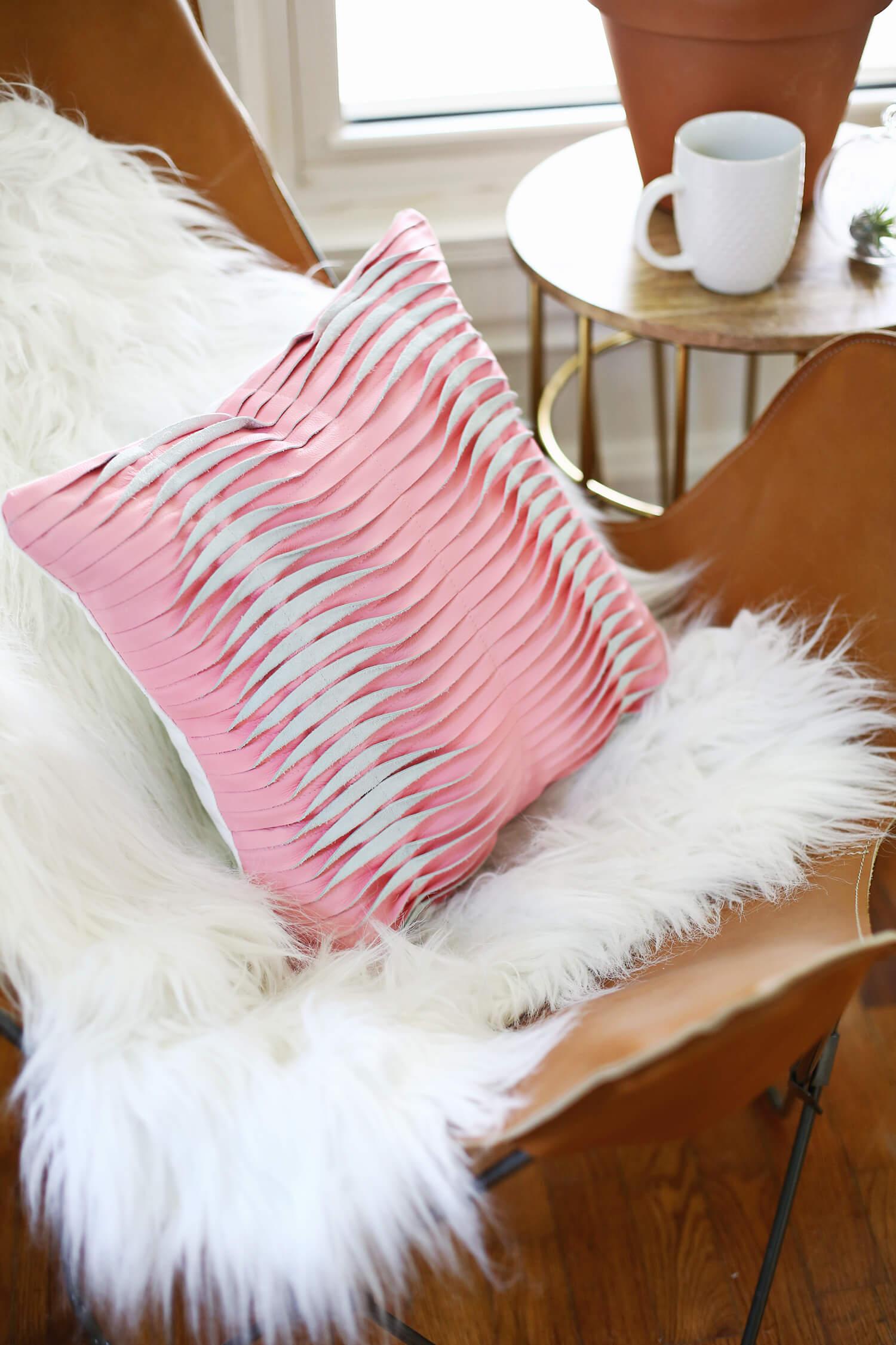 Our Favorite Pillow DIYs – A Beautiful Mess