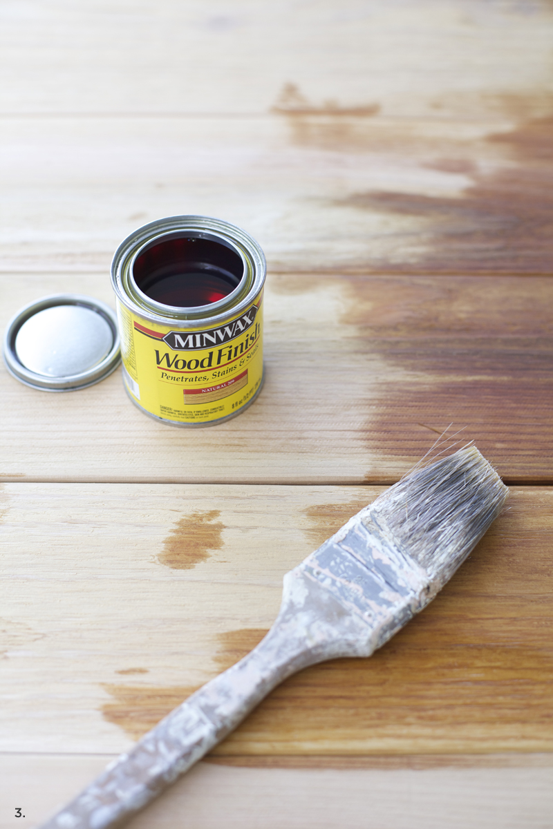 how to distress paint