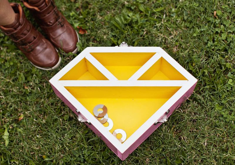 Diamond Washer game (so cute!  click to learn how to make your own!)