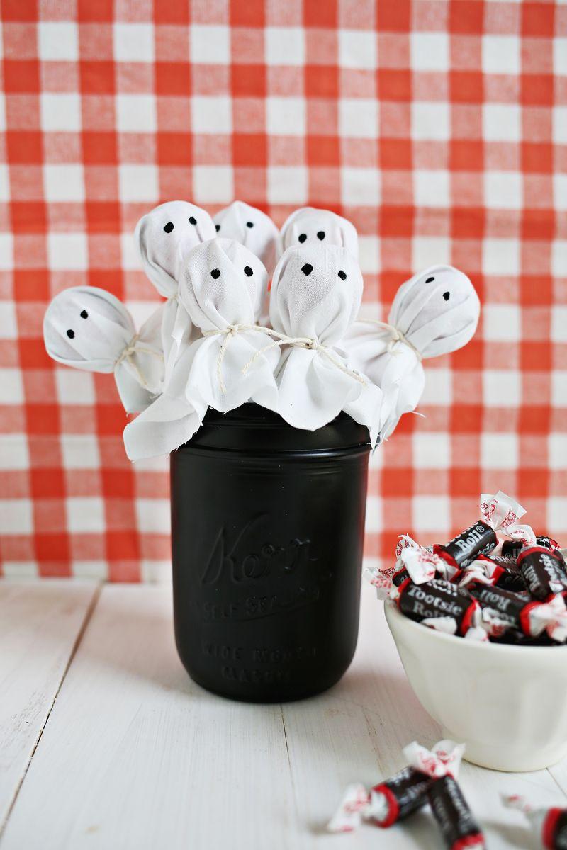 A Beautiful Mess: Ghost Lollipop Bouquet