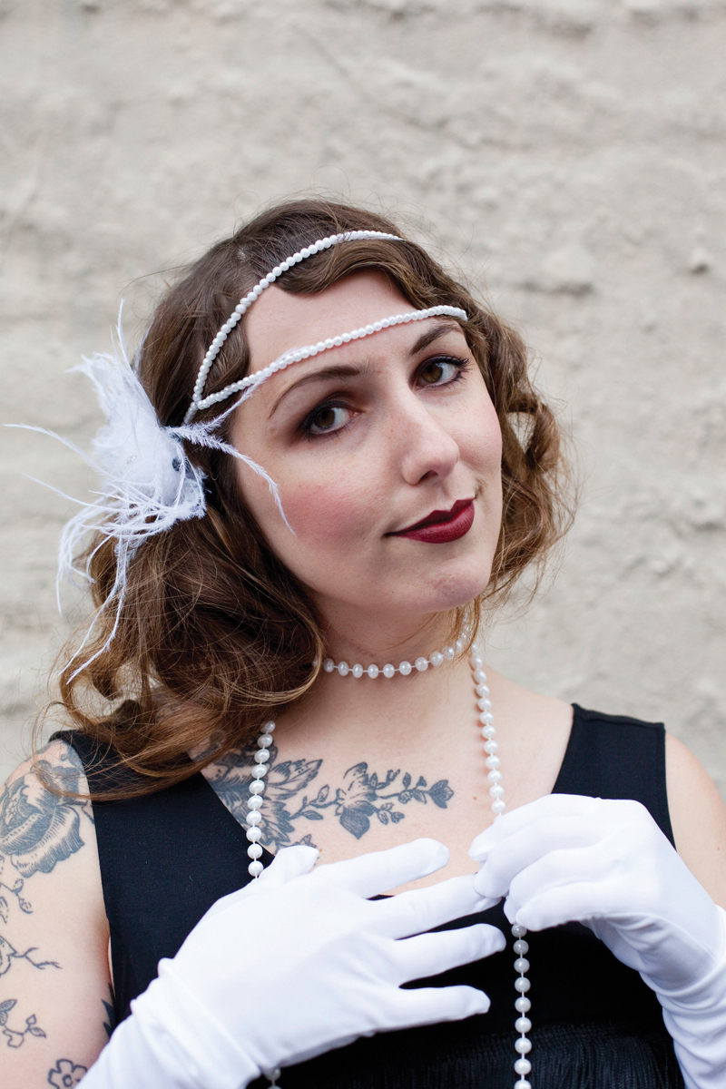 Diy flapper costume a beautiful mess how to make a flapper headband solutioingenieria Gallery
