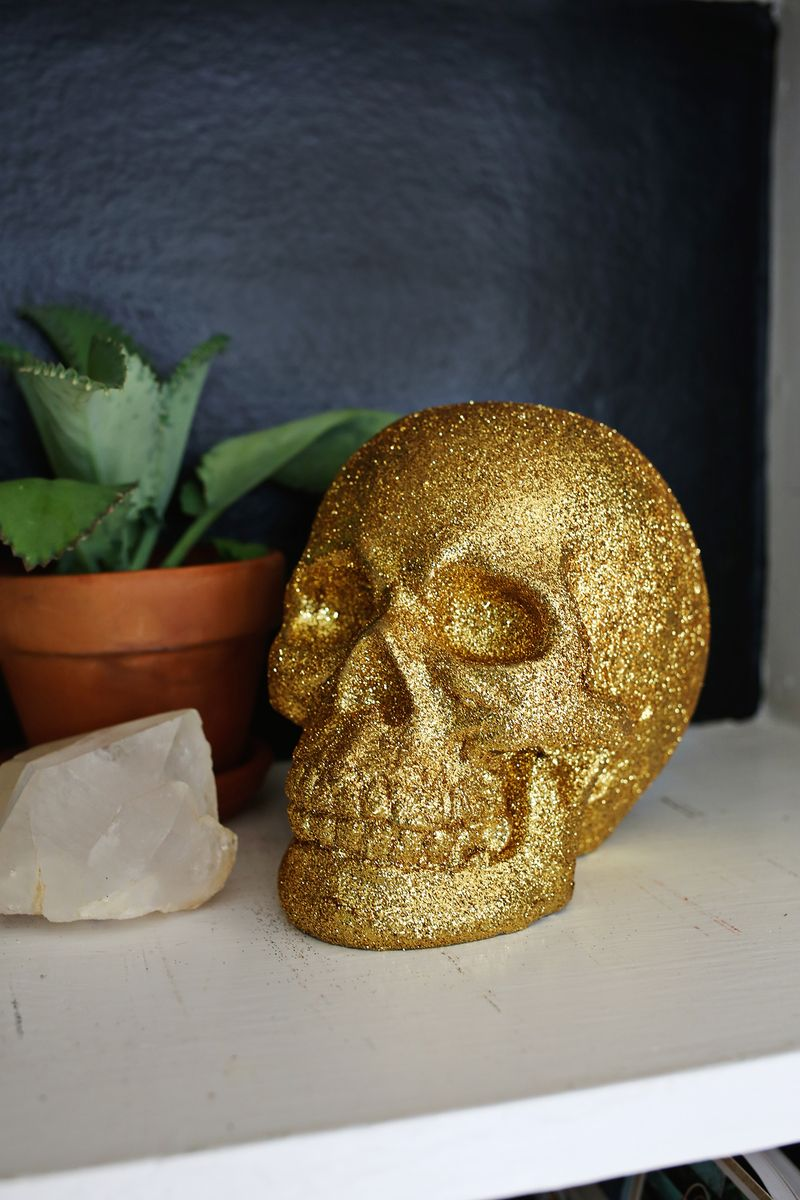 3 ideas for cute Halloween skulls