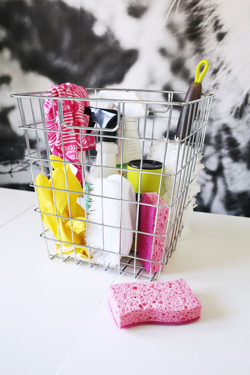 I can do this! Clean Your Whole House in Only 15 Minutes! (click through for more info)