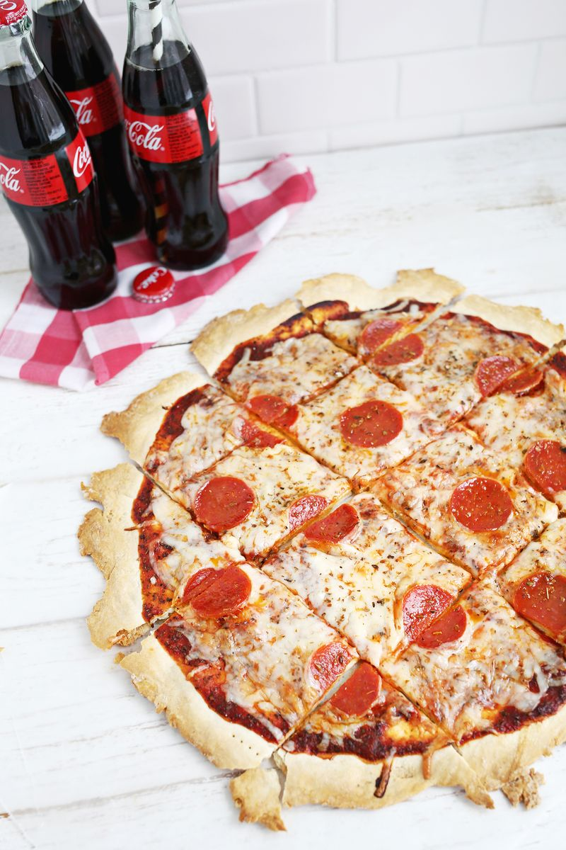 Yum! St. Louis Style Pizza (click through for recipe)