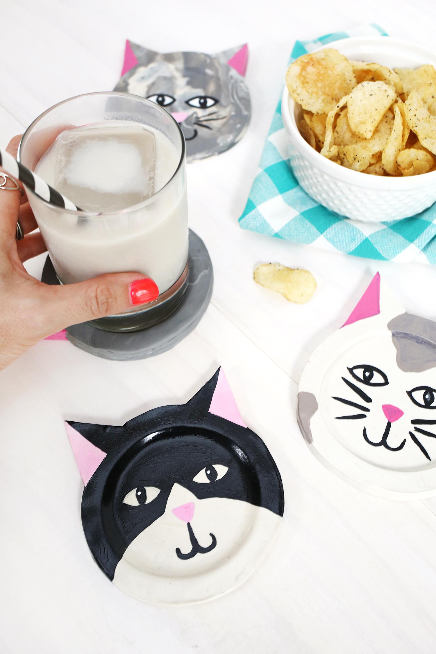 Clay Kitty Coaster DIY!A Beautiful Mess