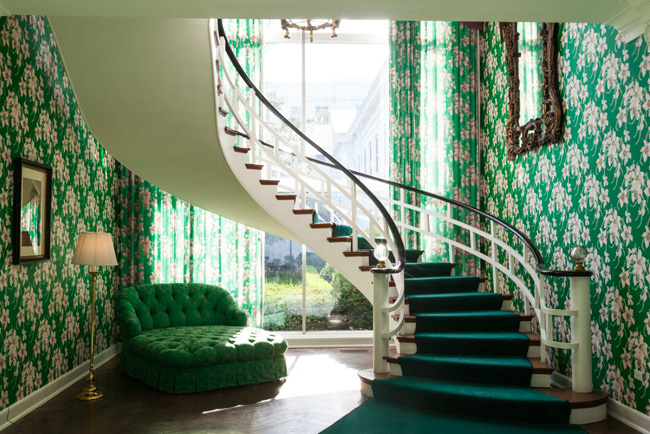 Greenbrier-stairs