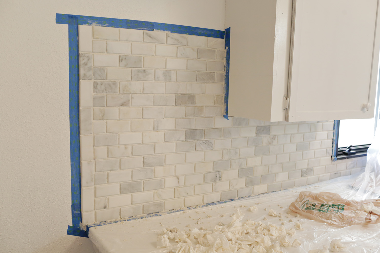 Emma 39 s kitchen backsplash a beautiful mess - Backsplash corners ...