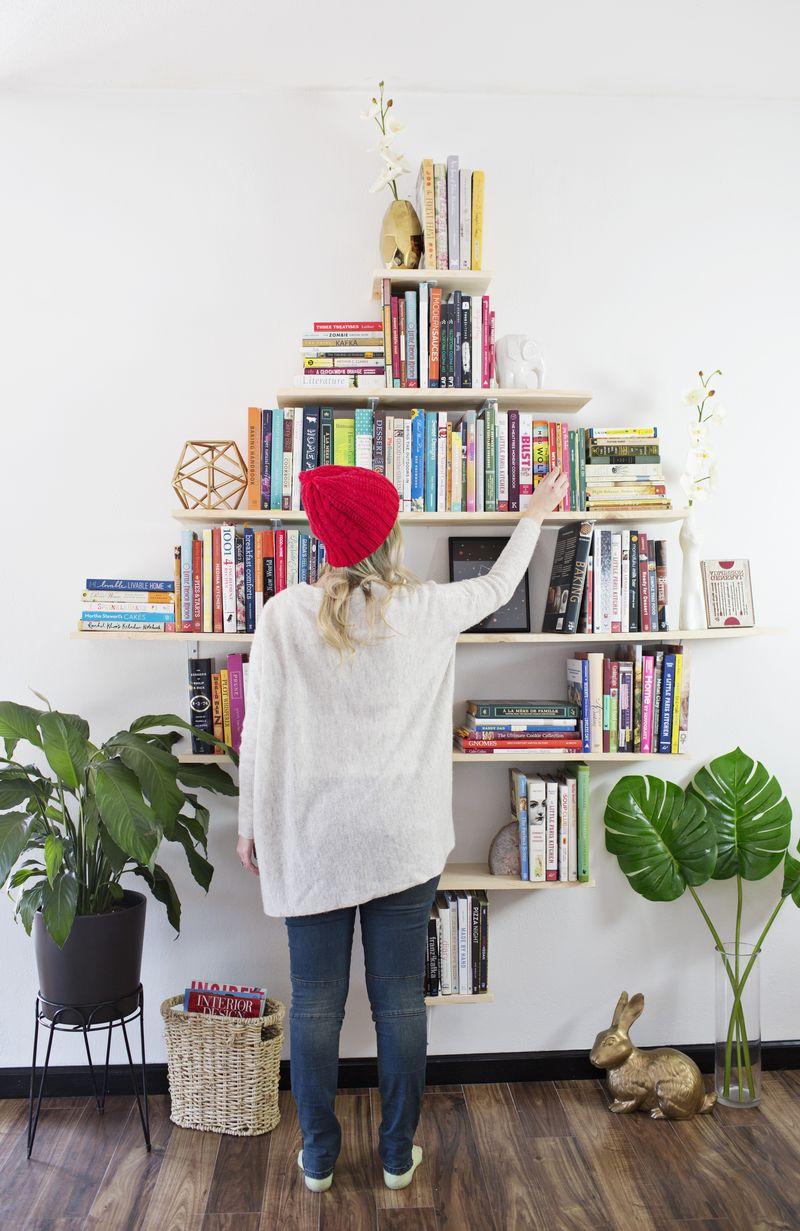 DIY Diamond Shaped Book Shelves (via abeautifulmess.com)