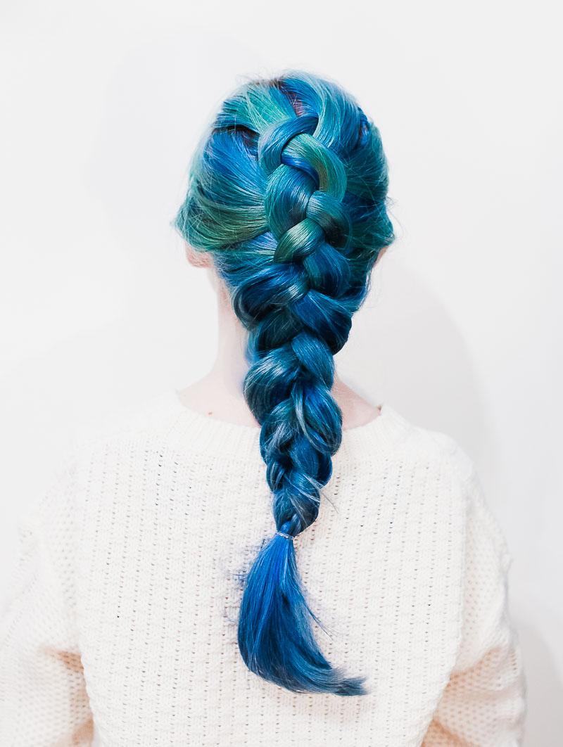 How to dutch braid (click through for tutorial)