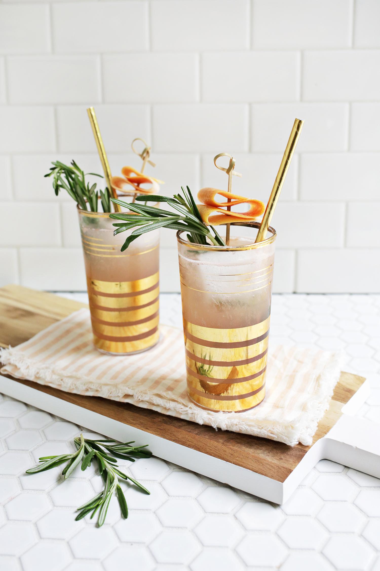 Rosemary Grapefruit Sparkler (click through for recipe