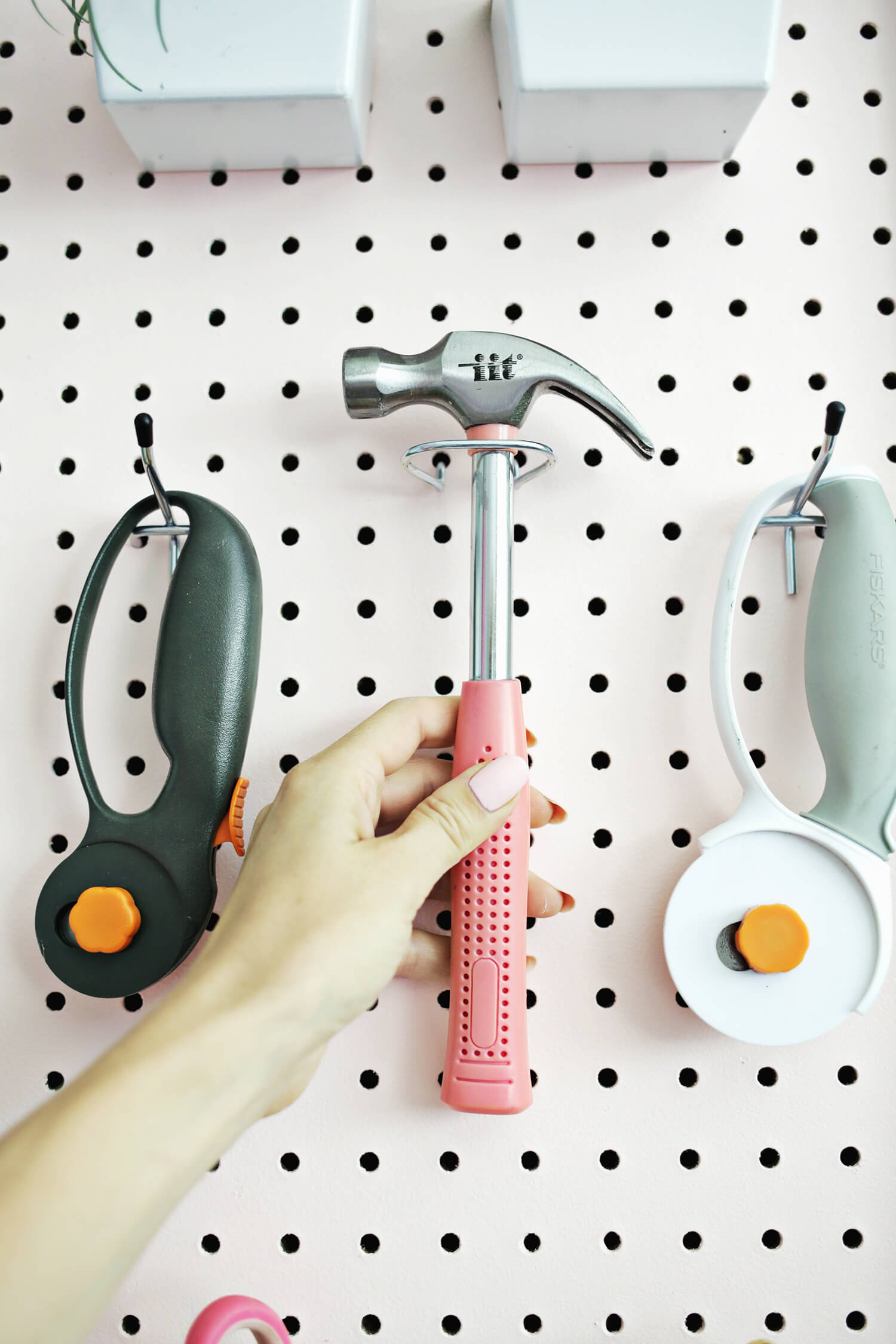 5 Ways to Make A Boring Pegboard On Fleek! (click through for more