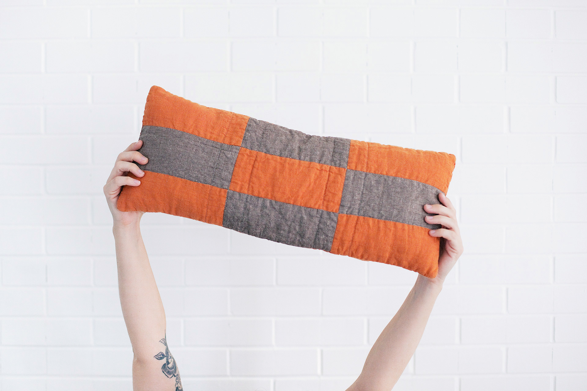 Modern Boho Patchwork Pillow - click through for detailed instructions