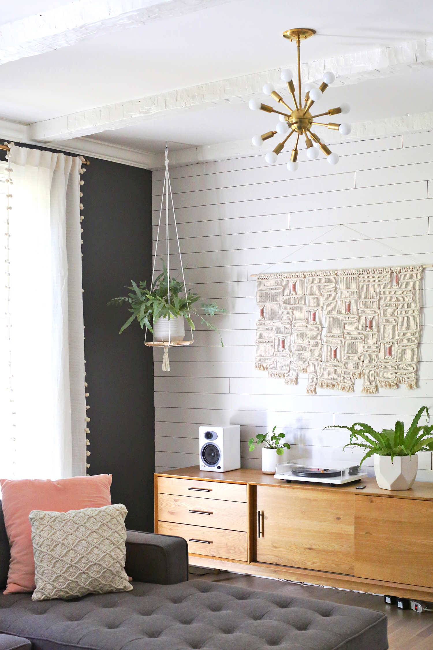 Hanging plant shelf diy a beautiful mess for Interior decorating hanging pictures