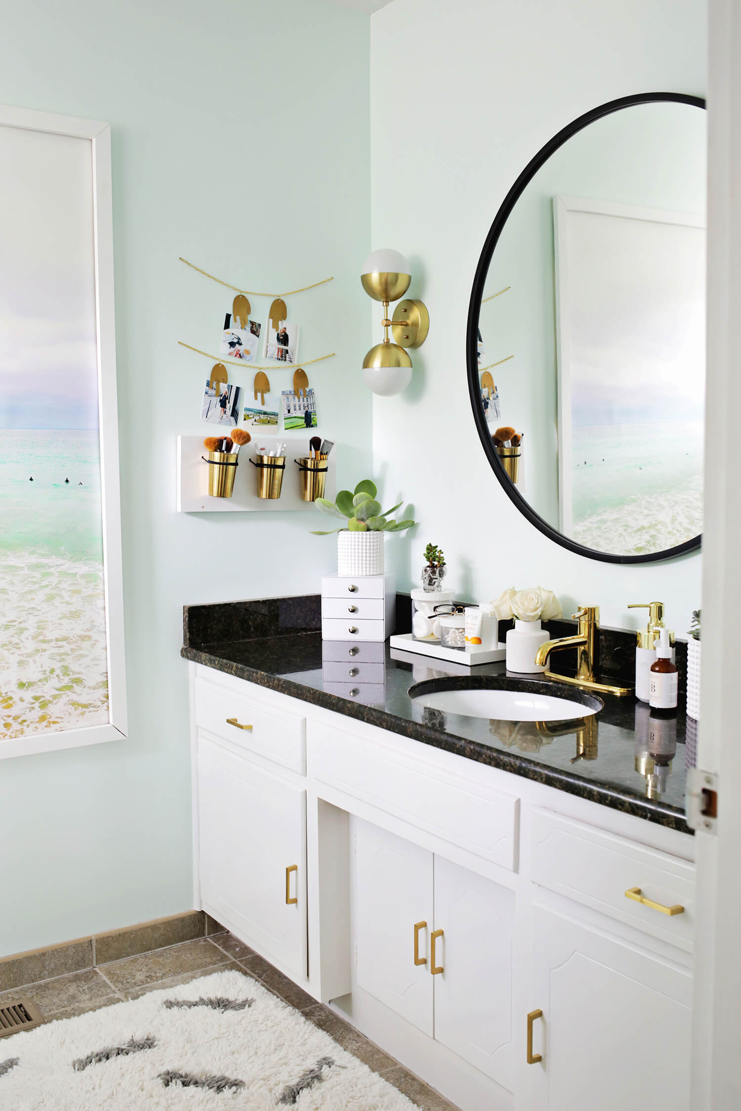 Laurau0027s Master Bathroom Before + After! (click Through To See More)