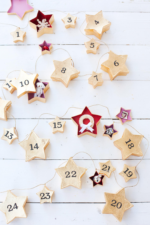 DIY Star Garland Advent Calendar