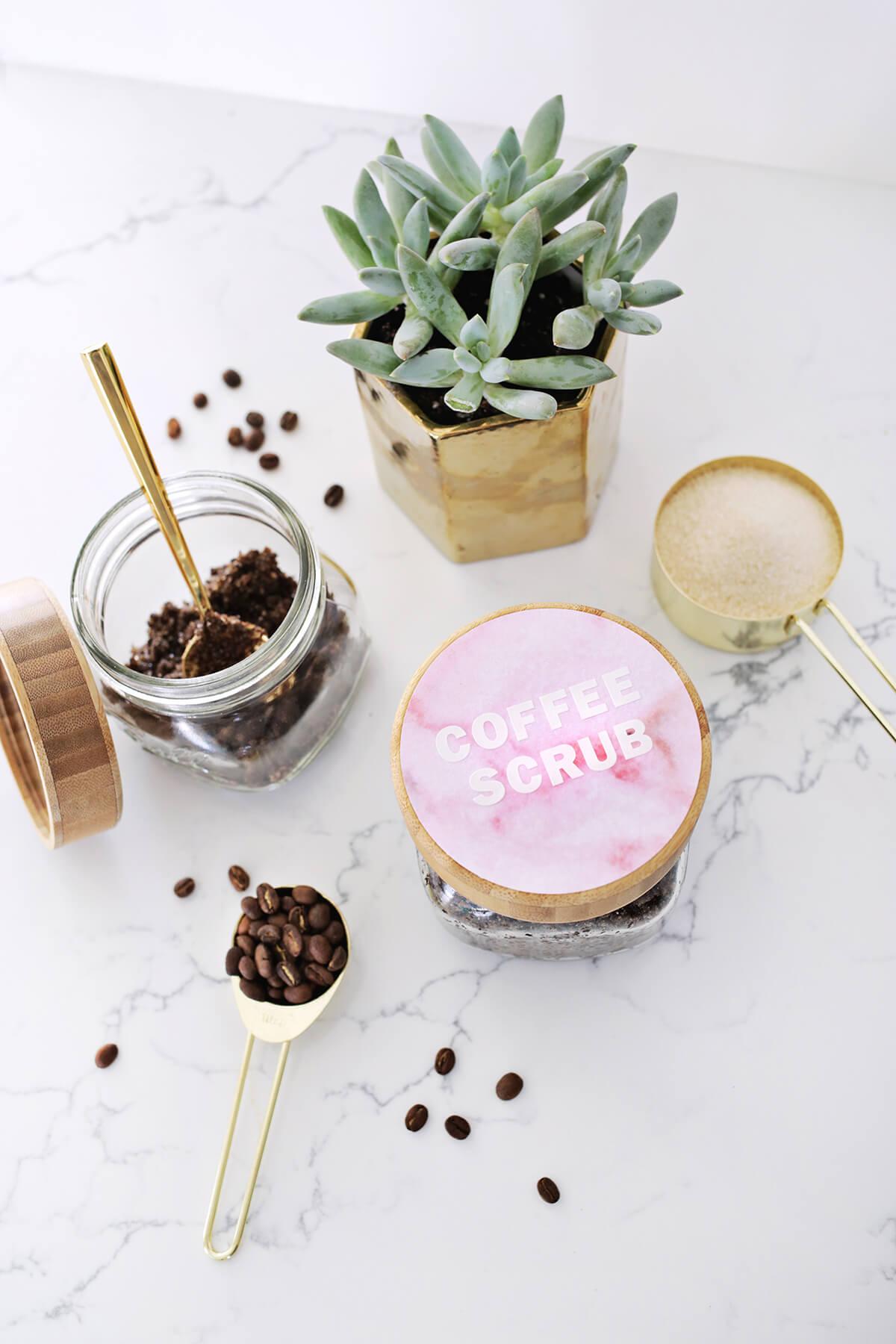 Gorgeous DIY Coffee And Vanilla Body Scrub