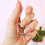 Gold Star Manicure DIY